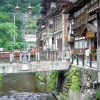 銀山温泉石畳・橋